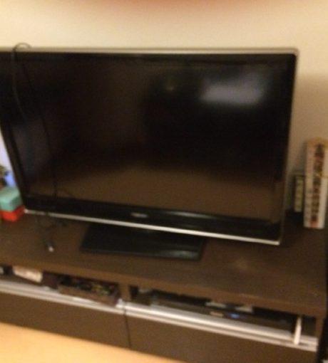 葛飾区でテレビ、テレビ台、ビデオレコーダーを処分